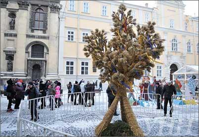 Дідух на Новий рік у Львові